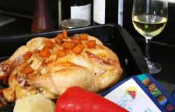 Ofengebratenes Hünchen, Ananas, Timian und Sahnesosse