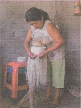 tejedora-sombrero-paja-toquilla-sitio-pile-panama-hat